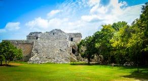 Gammal mayan fästning Arkivfoto