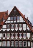 Gammal medeltida byggnad i Hameln, Tyskland Arkivfoto