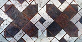 Gammal medeltida textur för modell för golvtegelplattor arkivbilder