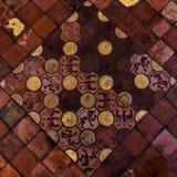 Gammal medeltida textur för modell för golvtegelplattor royaltyfria foton