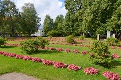 Gammal militär kyrkogård i Lappeenranta Royaltyfri Bild