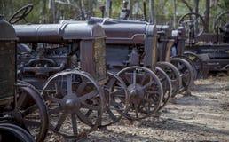 Gammal minetowntraktorkyrkogård Royaltyfri Fotografi