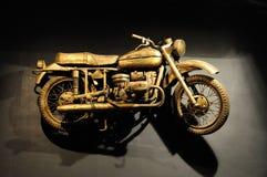 gammal motorbike Arkivbilder
