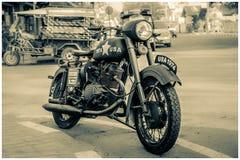 gammal motorcykel Royaltyfri Fotografi