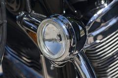 Gammal motorcykel: detalj Arkivfoton
