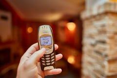 Gammal Nokia mobiltelefon Arkivfoton