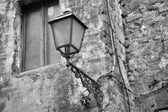 Gammal noody streetlightbelysningnopeople Royaltyfria Foton