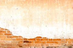 Gammal och lantlig textur och bakgrund för tegelstenvägg royaltyfria bilder
