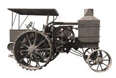 Gammal olje- handtagtraktor Royaltyfri Foto