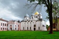 Gammal ortodox domkyrka för St Sophia i Veliky Novgorod, Ryssland Arkivbilder
