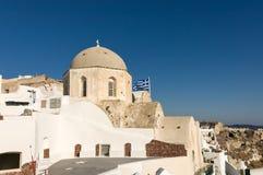 Gammal ortodox kyrka på gryning royaltyfri foto