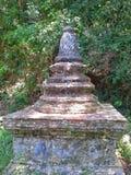 Gammal pagod på den Wat Thai templet, Songkhla, Thailand Royaltyfri Bild
