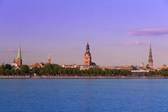 gammal panorama riga latvia Royaltyfria Bilder