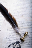gammal paper penna royaltyfri foto