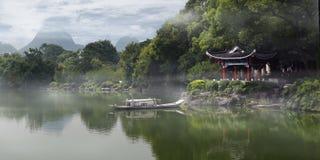 Gammal pavillon för traditionell kines arkivfoto