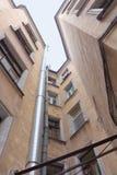 gammal petersburg russia för borggård saint Royaltyfri Bild