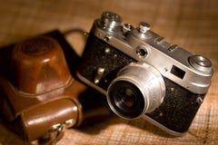 gammal photocamera för film royaltyfri bild