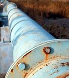 gammal pipeline för olja arkivfoto