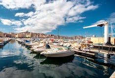 Gammal port av Marseille Arkivfoton