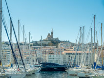 Gammal port av Marseille med yachter Fotografering för Bildbyråer