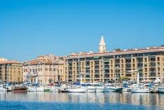 Gammal port av Marseille med yachter Arkivbilder