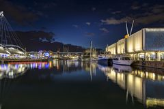 Gammal port Genoa Night Royaltyfria Bilder