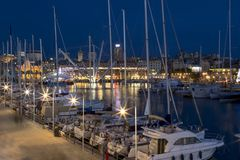 Gammal port Genoa Night Royaltyfri Bild