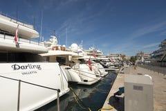 Gammal port i Cannes, Frankrike Arkivfoton