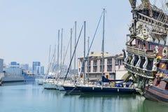 Gammal port i Genova, Italien Royaltyfri Bild