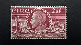 Gammal portostämpel Irland, EIRE 2 1/2p arkivbild