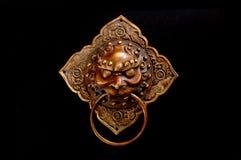 gammal prydnad för kinesisk dörr Royaltyfri Foto
