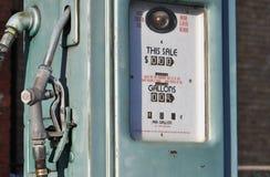 gammal pump för gas Royaltyfri Foto
