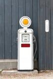 gammal pump för gas Arkivfoto