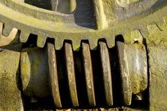 gammal pump för kugghjul royaltyfria foton