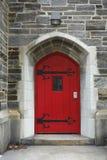 Gammal röd dörr Royaltyfri Foto