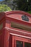Gammal röd telefonask i Gibraltar Royaltyfria Foton