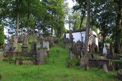 Gammal Rasu kyrkogård i Vilnius Royaltyfri Bild