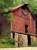 gammal red för ladugård arkivbilder