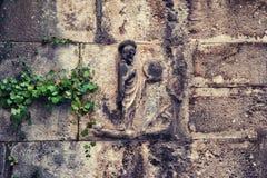 Gammal religiös kristen ortodox stenbasrelief royaltyfri fotografi