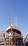 gammal reparerande sailingshipskeppsvarv Royaltyfri Foto