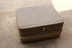 gammal resväska Arkivfoton