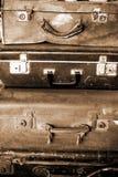 gammal resväska royaltyfri bild