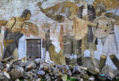 Gammal riden ut detalj i idérik gatakonst, limerick, Irland, Oktober, 2014 royaltyfria bilder