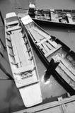 Gammal roddbåt arkivbilder