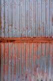 Gammal rost på zinkväggen royaltyfri illustrationer