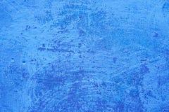 Gammal rostig betongblåttvägg texturerad bakgrund arkivfoton