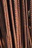 Gammal rostig stålarmatur, closep royaltyfri bild
