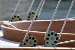 gammal sailingboat för detalj Arkivbilder