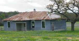 gammal sandig skola för hus Royaltyfria Foton