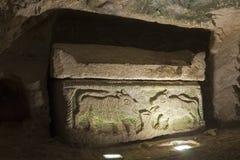 gammal sarkofag Arkivfoto